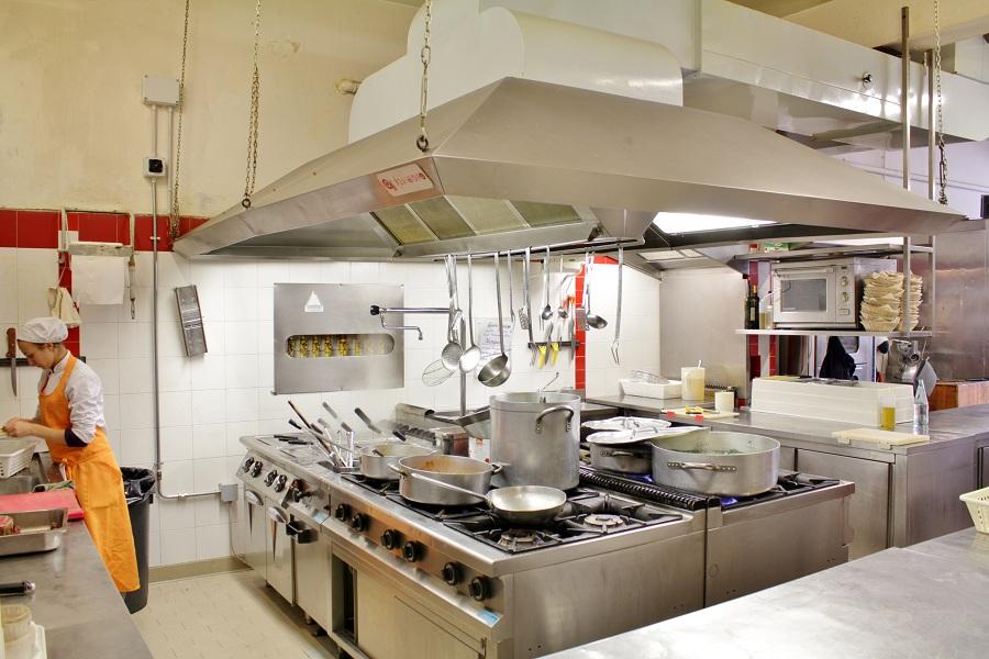 1394180620-f6-ristorante-quovadis-rimini-cucina-ecocnomica-di-pesce-0337